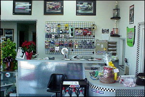 kaspers-automotive-repair-showroom-storefront5 Slideshow