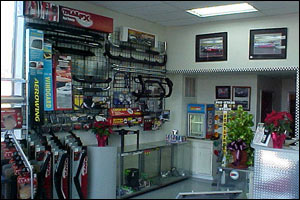 kaspers-automotive-repair-showroom-storefront6 Slideshow